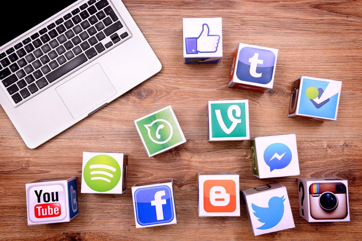 5 Ways To Make Money Through Social Media Platforms